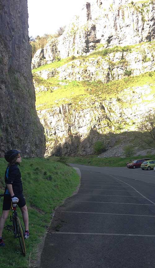 Cheedar-Gorge-Louis-scenery