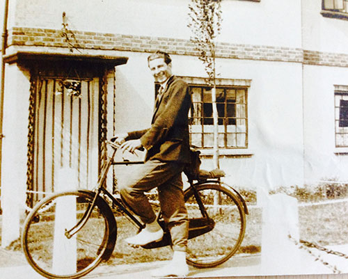 My-cycle-history-Grandad-and-his-bike