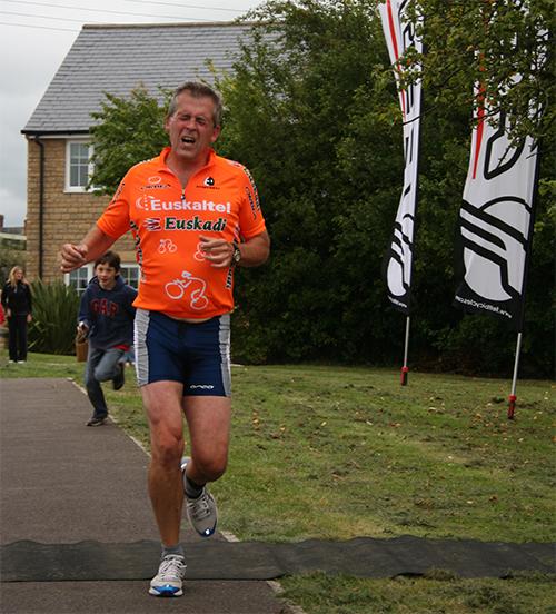 Triathlon-2009-Run-End